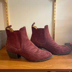 (Like new) Dolce Vita maroon western booties